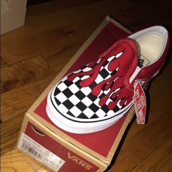 Vans Classic Slip-On (Checker Flame) NWT